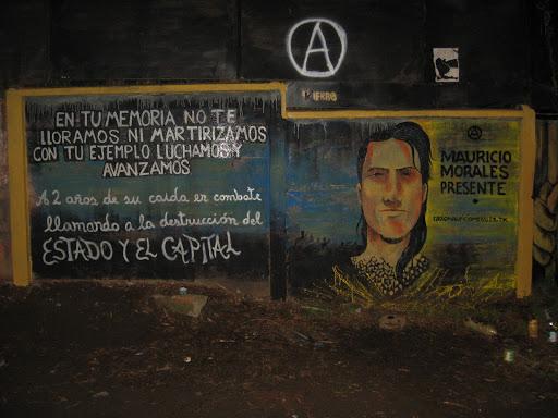 Con la memoria intacta, con la sangre hirviendo de anarquía… ¡Compañero Mauricio Morales, presente!