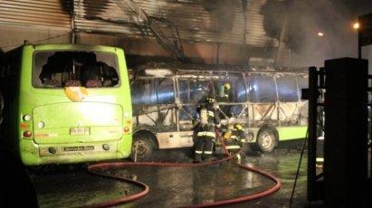 Buses Atacado en Lo Prado